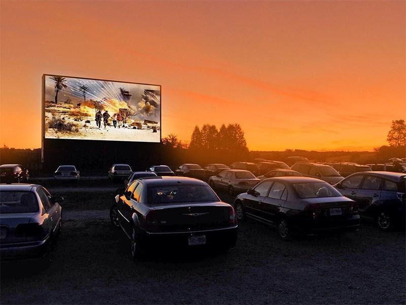 Автомобильные кинотеатры обрели вторую жизнь