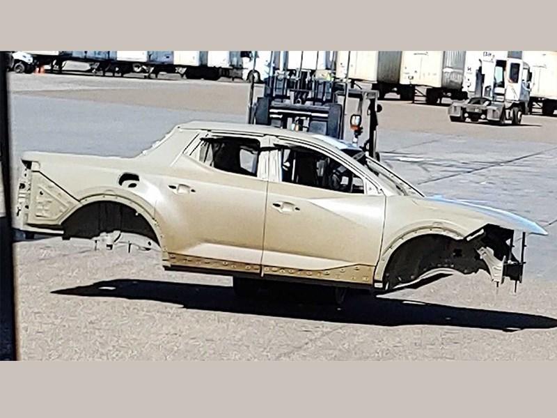 Фотошпионам удалось заснять кузов первого пикапа Hyundai