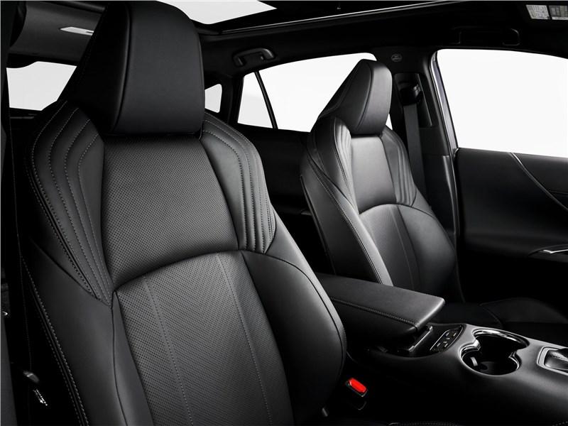 Toyota Venza 2021 передние кресла