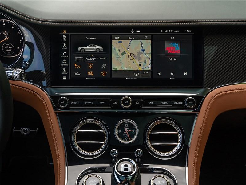 Bentley Continental GT V8 (2020) центральная консоль