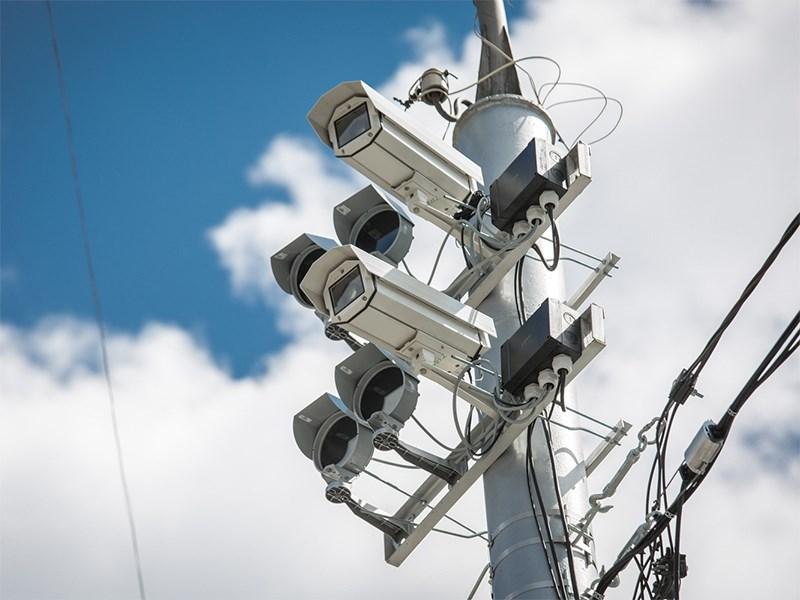 ФАС приостановила тендеры на установку новых дорожных камер в Москве