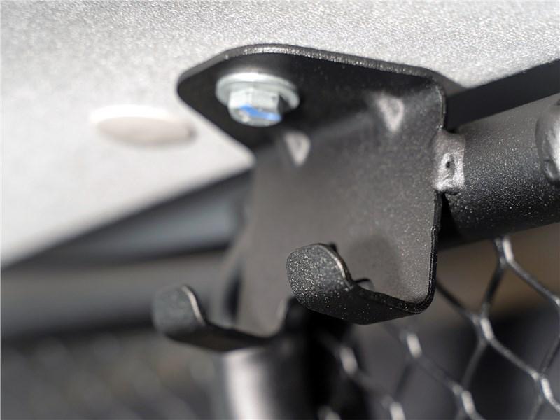Peugeot Partner Tepee (2016) крючки для одежды