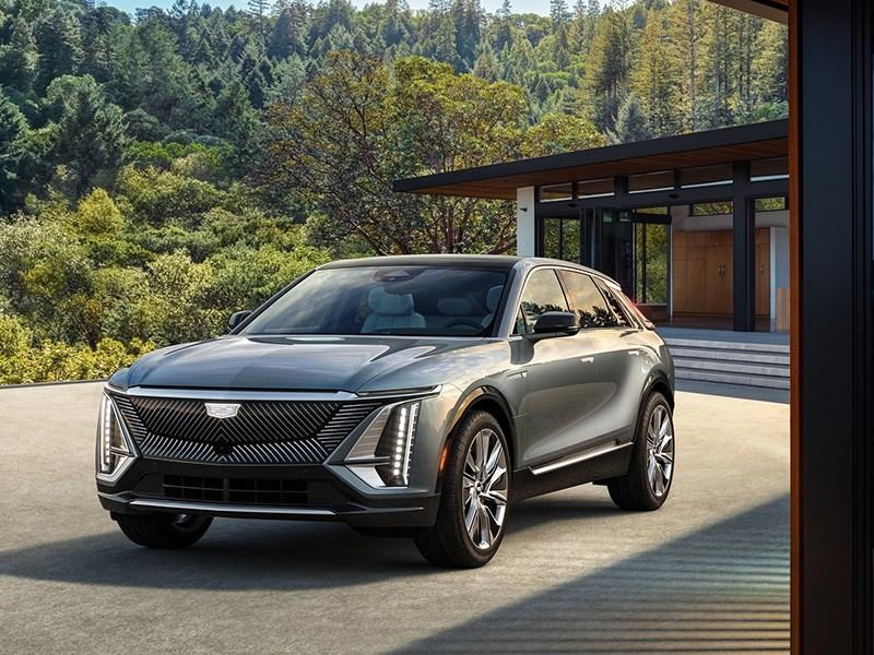 Cadillac запустил продажи электрического кроссовера Lyriq