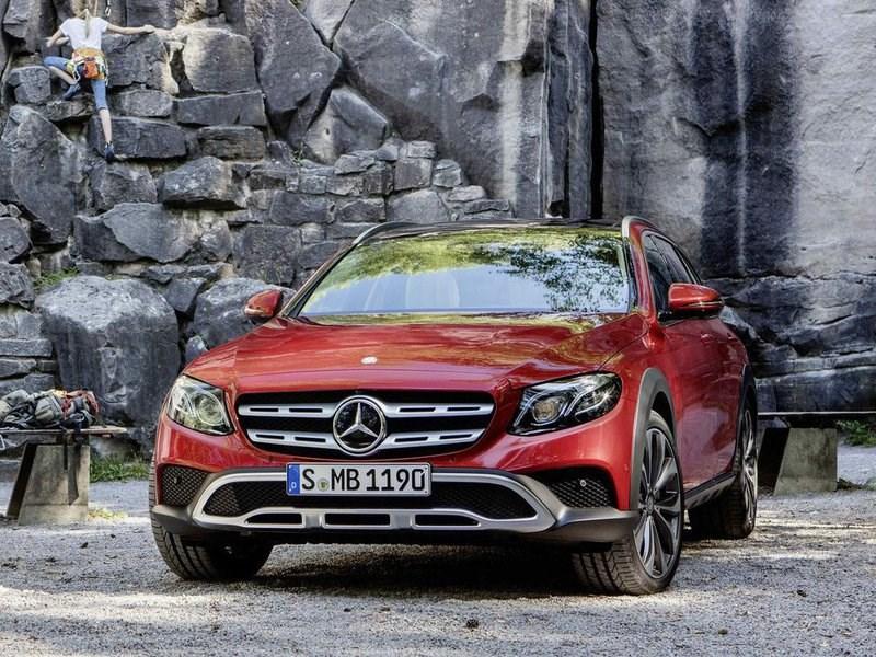 Mercedes E-Class All-Terrain появится на рынкеРФ всамом начале 2017