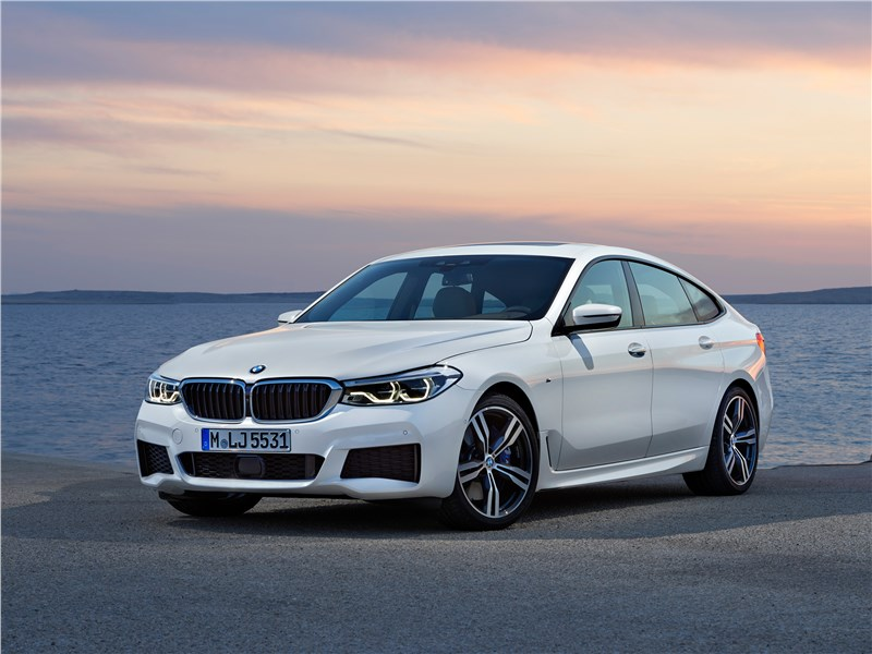 BMW 6-Series Gran Turismo 2018 вид спереди