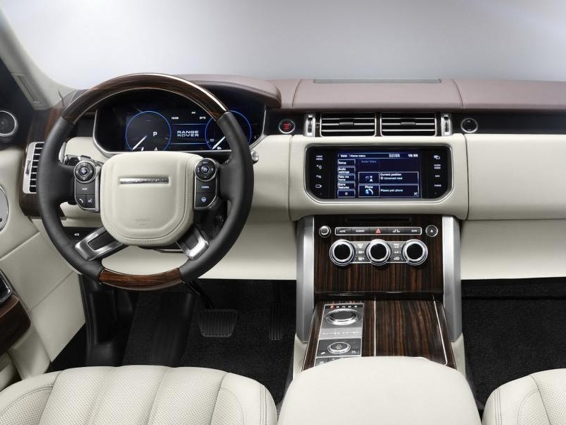 В Jaguar Land Rover придумали сенсорный руль