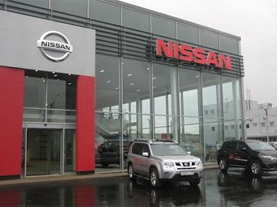 Продажи автомобилей Nissan в России сокращаются