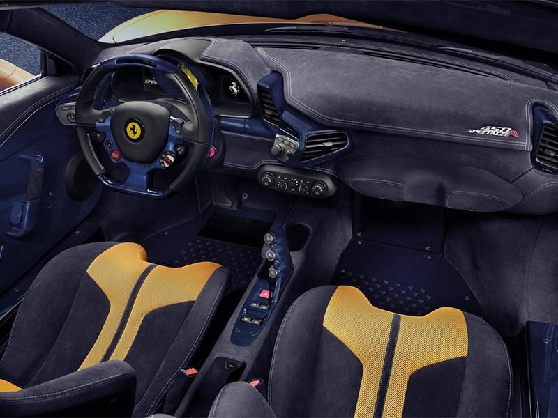 Ferrari 458 Speciale A 2014 салон