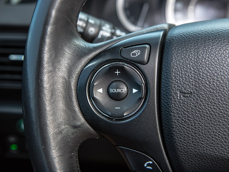 Honda Accord 2013 кнопки управления на руле