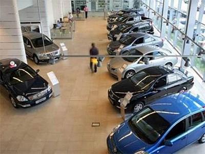 В ноябре продажи новых легковых автомобилей упали на 1,1% по сравнению с прошлым годом