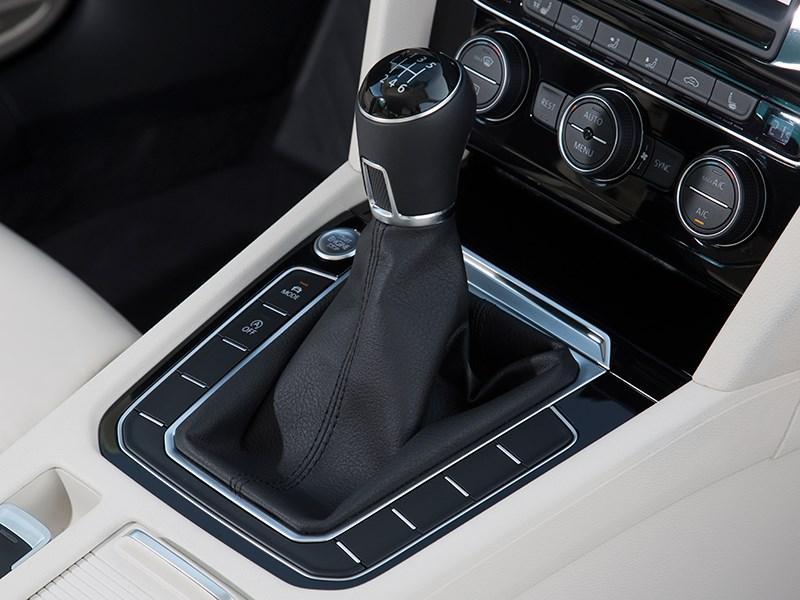 Volkswagen Passat 2015 6МКПП