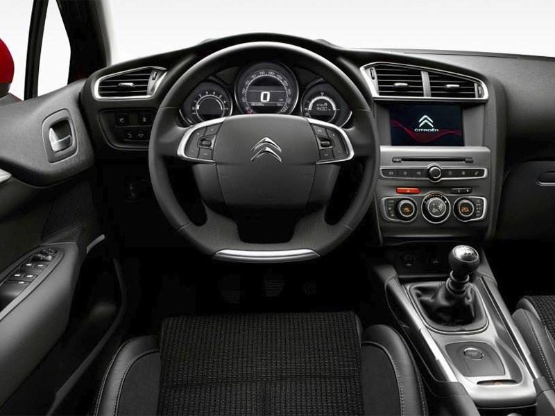 Citroen C4 2015 водительское место