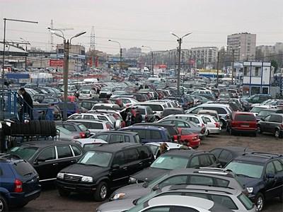 Автомобили с пробегом становятся все популярнее на фоне кризиса российский экономики