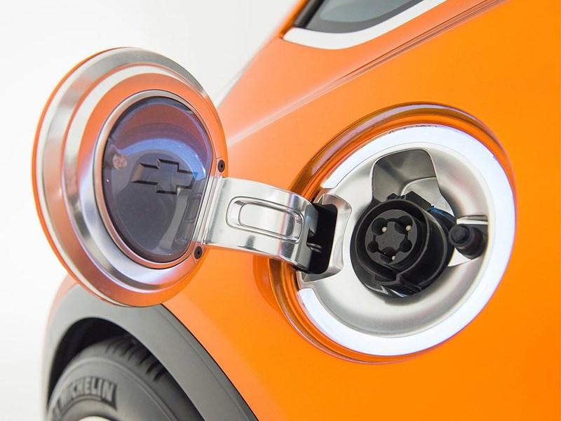 Chevrolet Bolt EV Concept 2015 гнездо зарядки