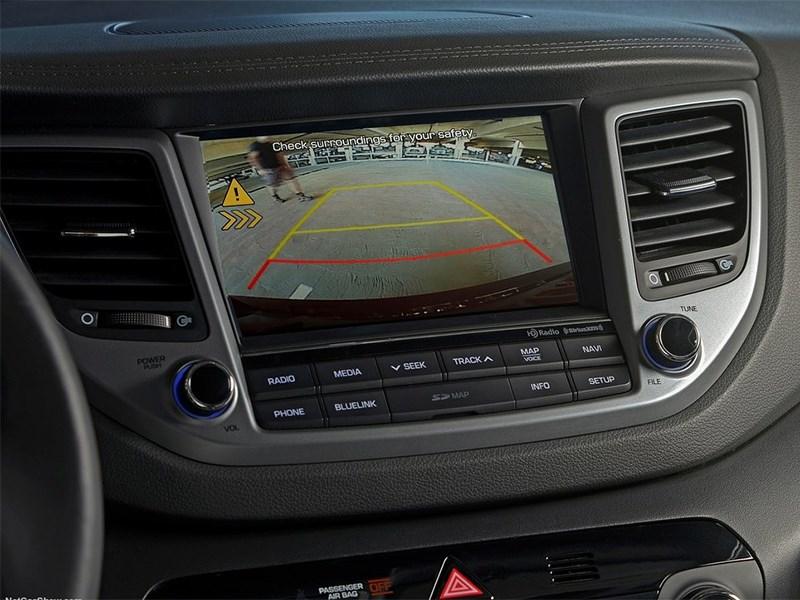 Hyundai Tucson 2016 центральная консоль