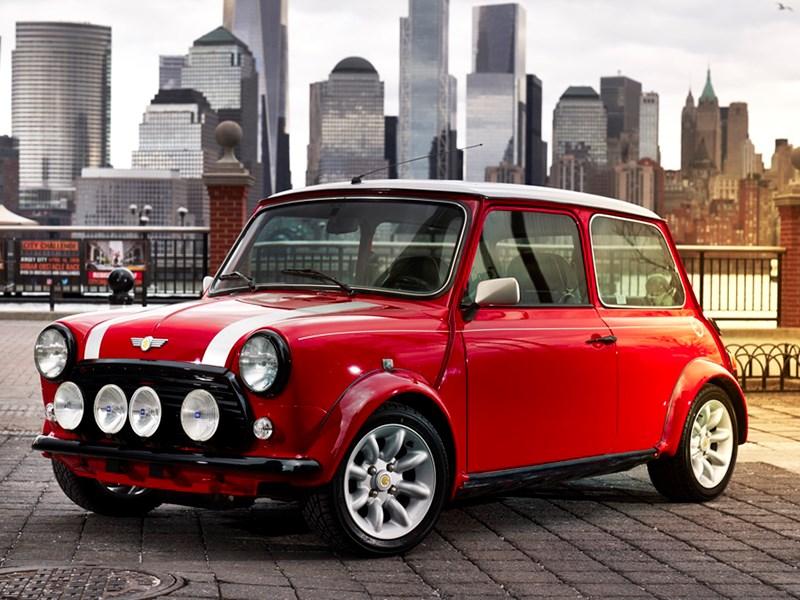 Классический Mini превратили в электромобиль