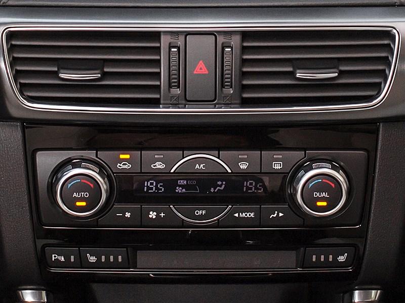 Mazda CX-5 2015 управление климатом