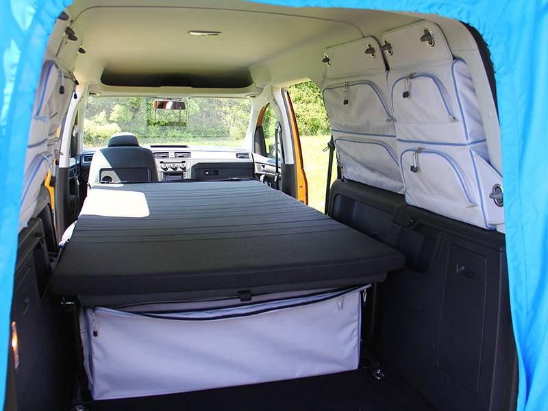 Volkswagen Caddy 2016 багажное отделение 2