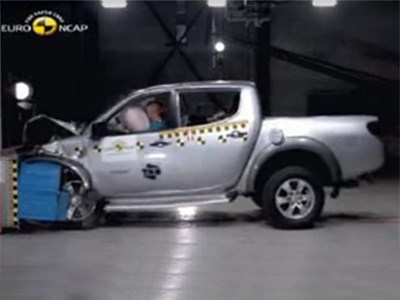 Новый пикап Mitsubishi L200 получил 4 звезды в тестах Euro NCAP