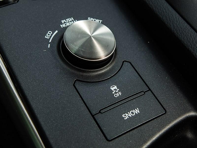 Lexus IS 2014 переключение режимов