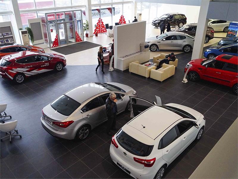 За 1,5 года автомобили в России подорожали на 35 процентов