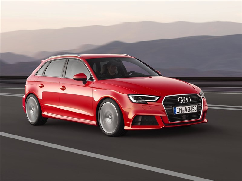 Audi A3 Sportback 2017 вид спереди
