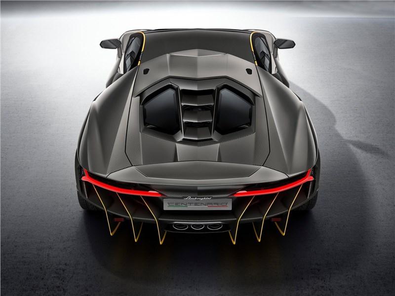 Lamborghini Centenario LP770-4 2017 вид сзади