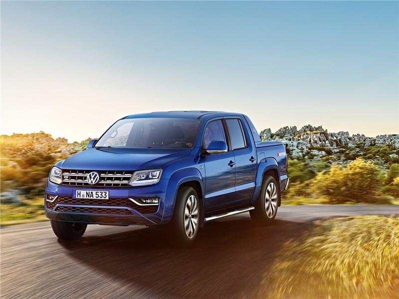Volkswagen Amarok 2017 вид сбоку спереди