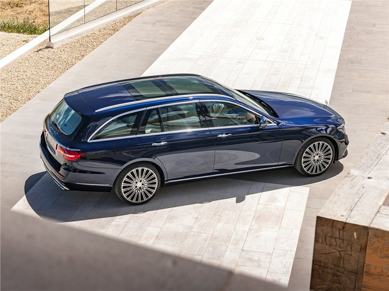 Mercedes-Benz E-Class Estate 2017 вид сверху
