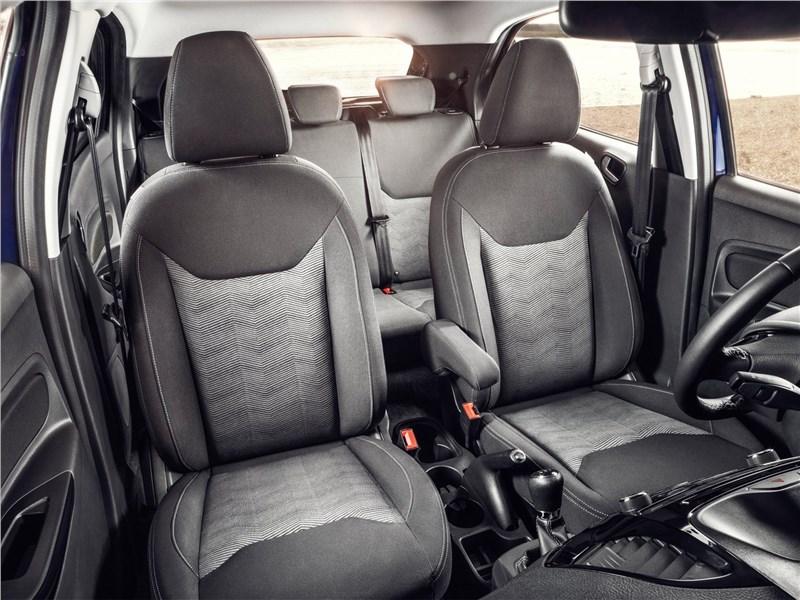 Ford Ka+ 2017 передние кресла