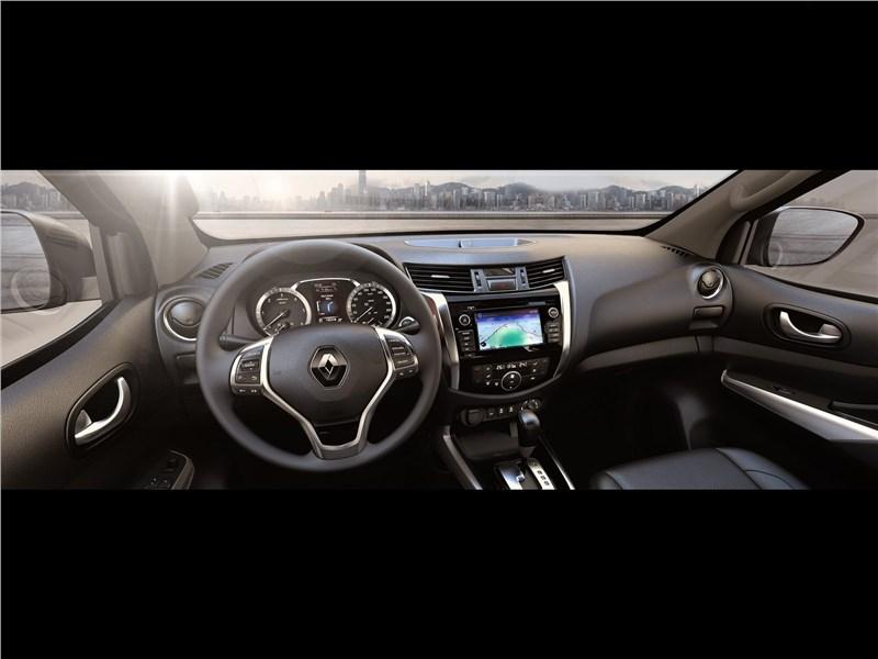 Renault Alaskan 2017 салон