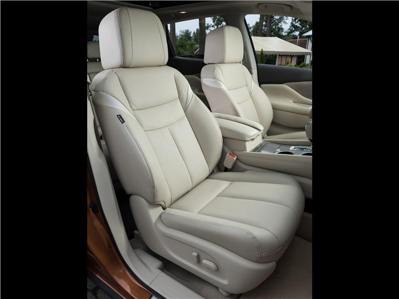 Nissan Murano 2015 передние кресла