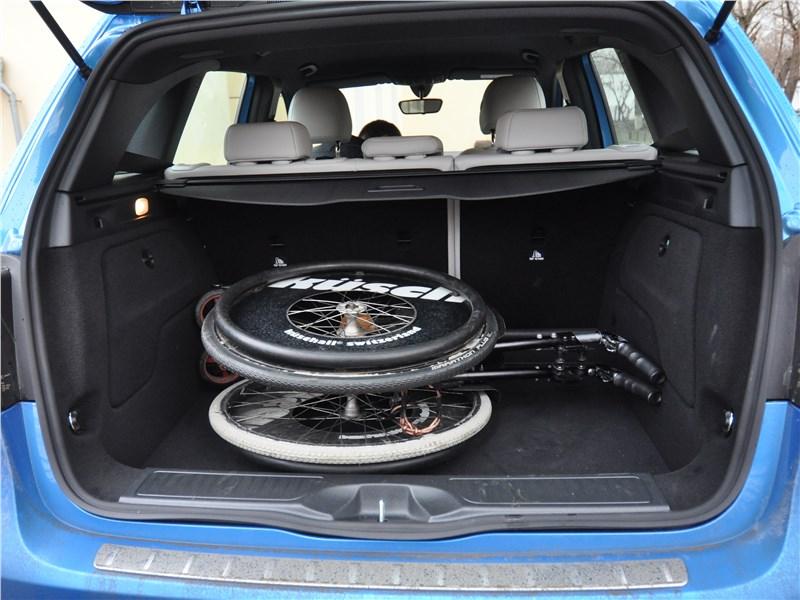 Mercedes-Benz B-Klasse 2015 багажник