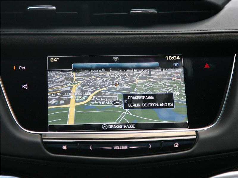 Cadillac XT5 2017 монитор