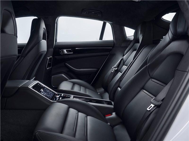 Porsche Panamera 4 E-Hybrid 2017 задний диван