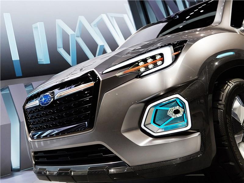 Subaru VIZIV-7 SUV Concept 2016 передний бампер