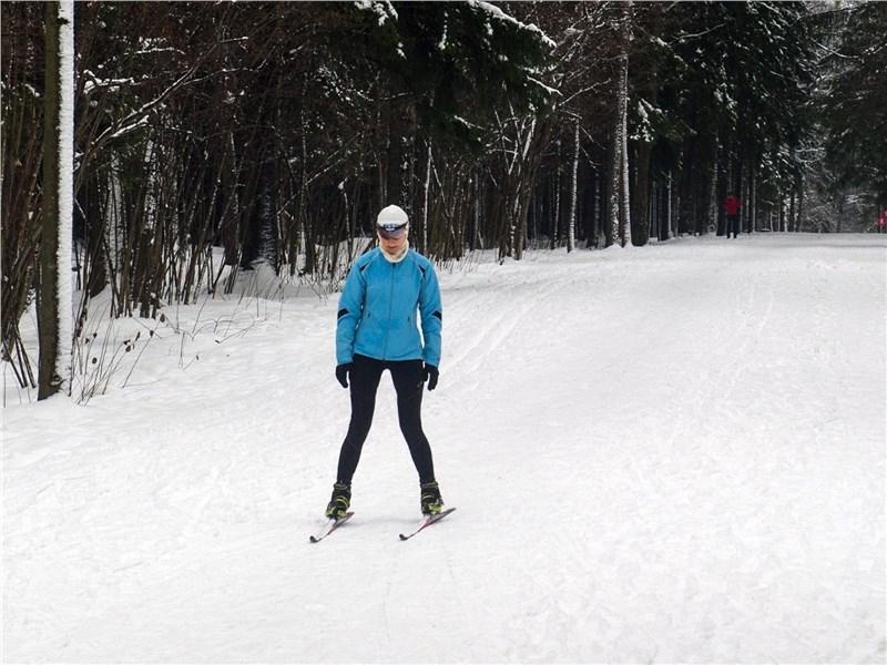 Лыжная прогулка по парку в Одинцово действует умиротворяюще