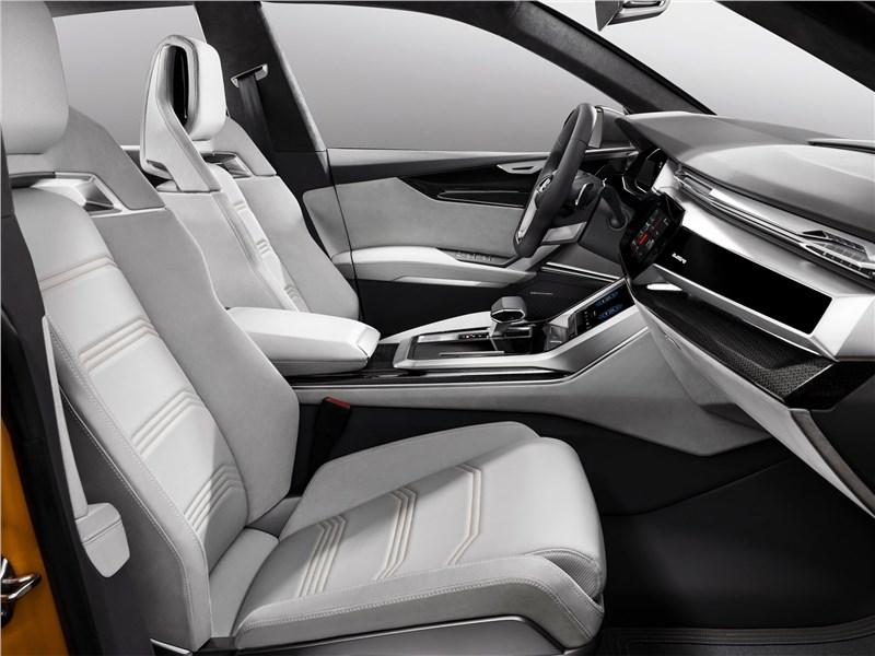 Audi Q8 Sport Concept 2017 передние кресла