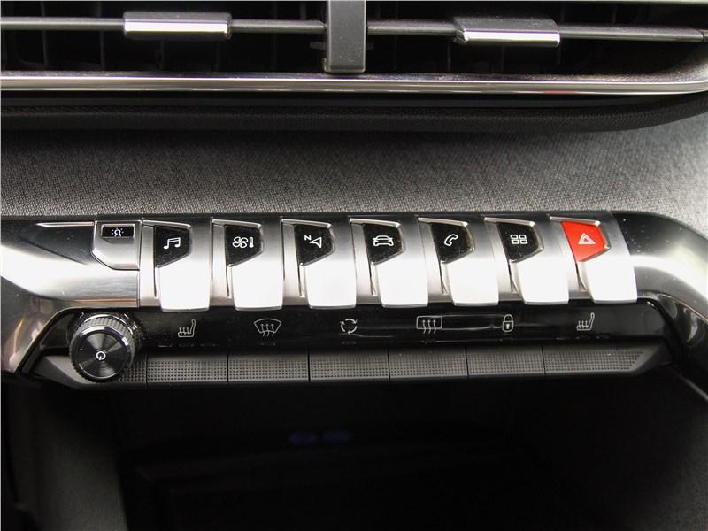 Peugeot 3008 2017 тумблеры