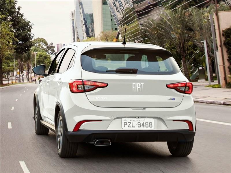 Fiat Argo 2018 вид сзади