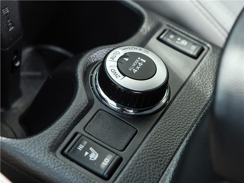 Nissan Qashqai 2014 переключатель режимов