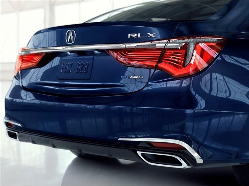 Acura RLX 2018 вид сзади
