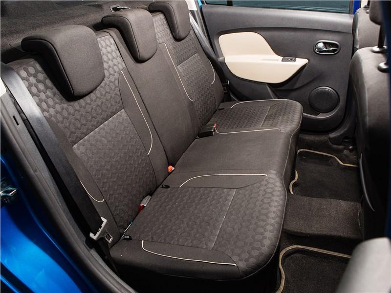 Renault Logan 2014 задний диван