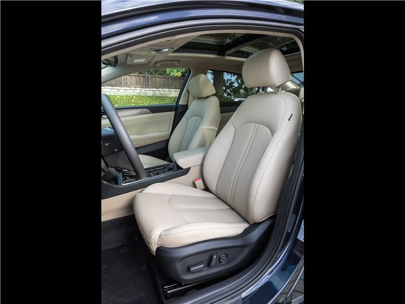 Hyundai Sonata 2018 передние кресла