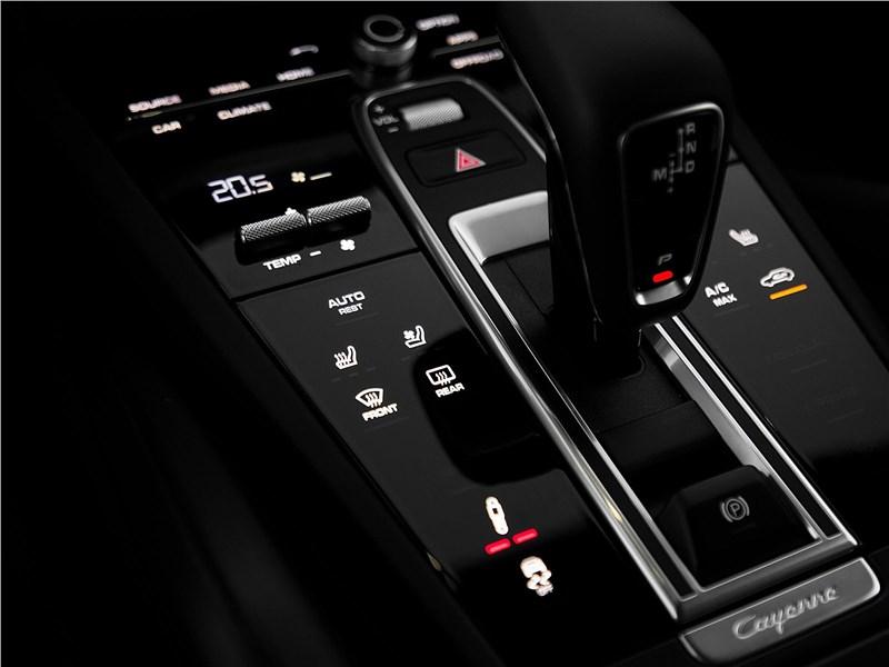 Porsche Cayenne 2018 8АКПП