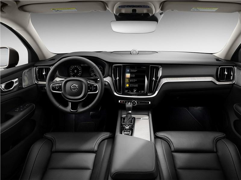 Volvo V60 2019 салон