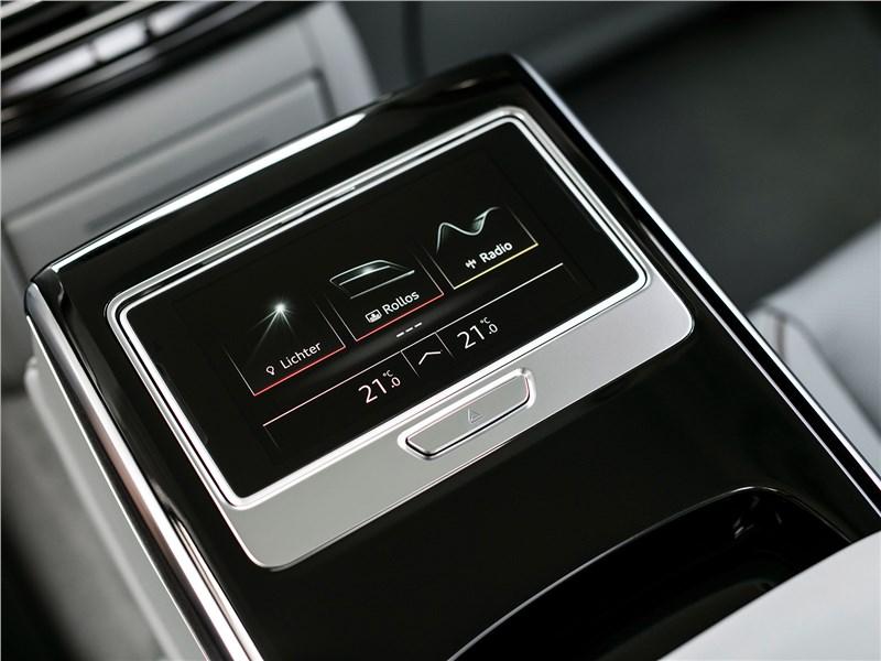 Audi A8 2018 планшет