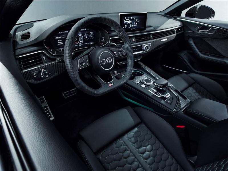 Audi RS5 Sportback 2019 салон