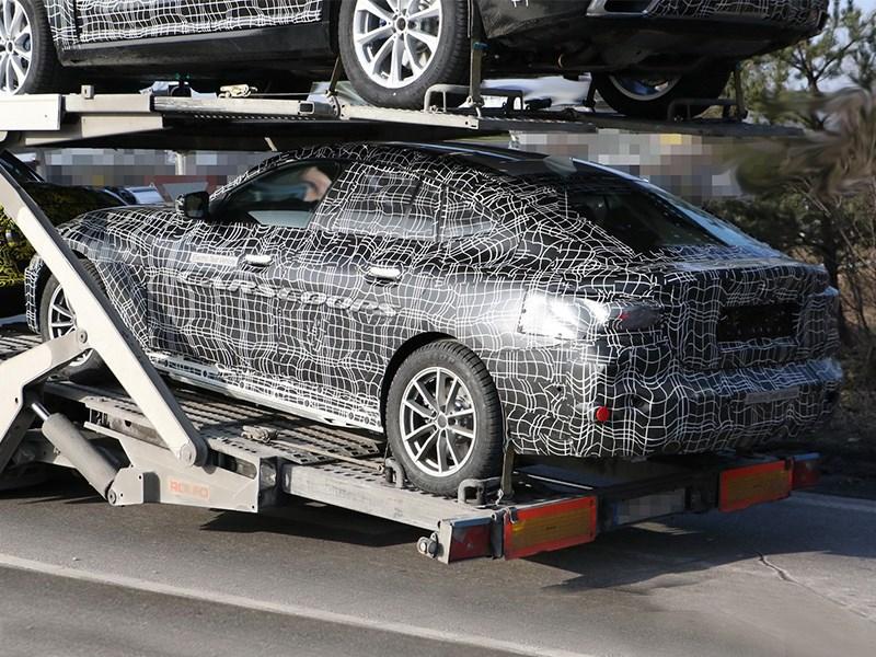 Шпионам попался электрический BMW