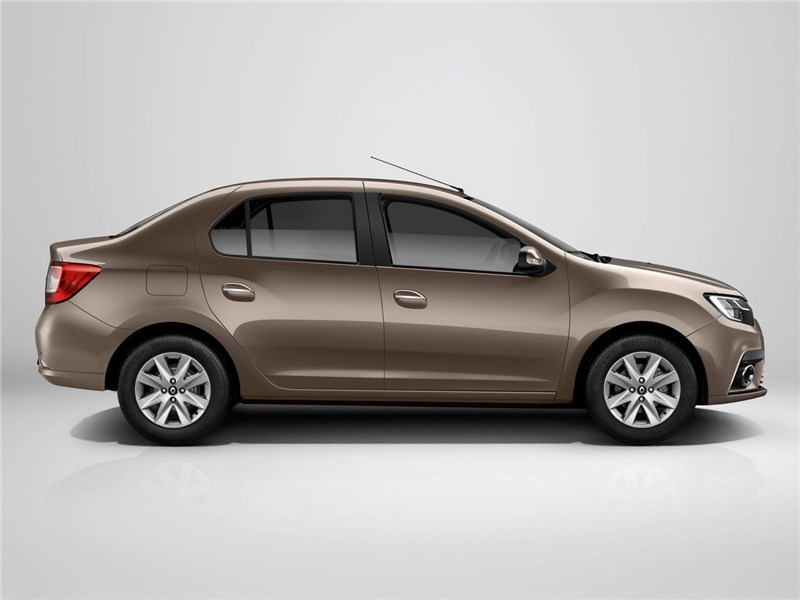 Renault Logan 2018 вид сбоку